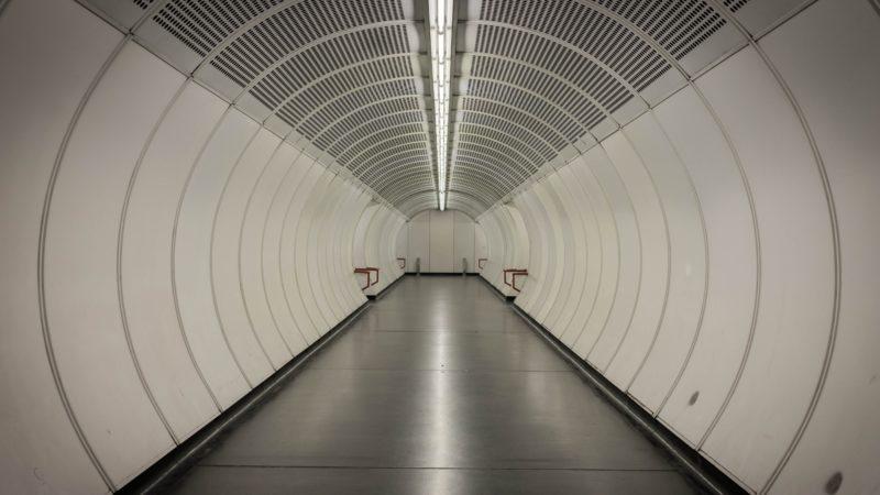U-Bahn Zugang